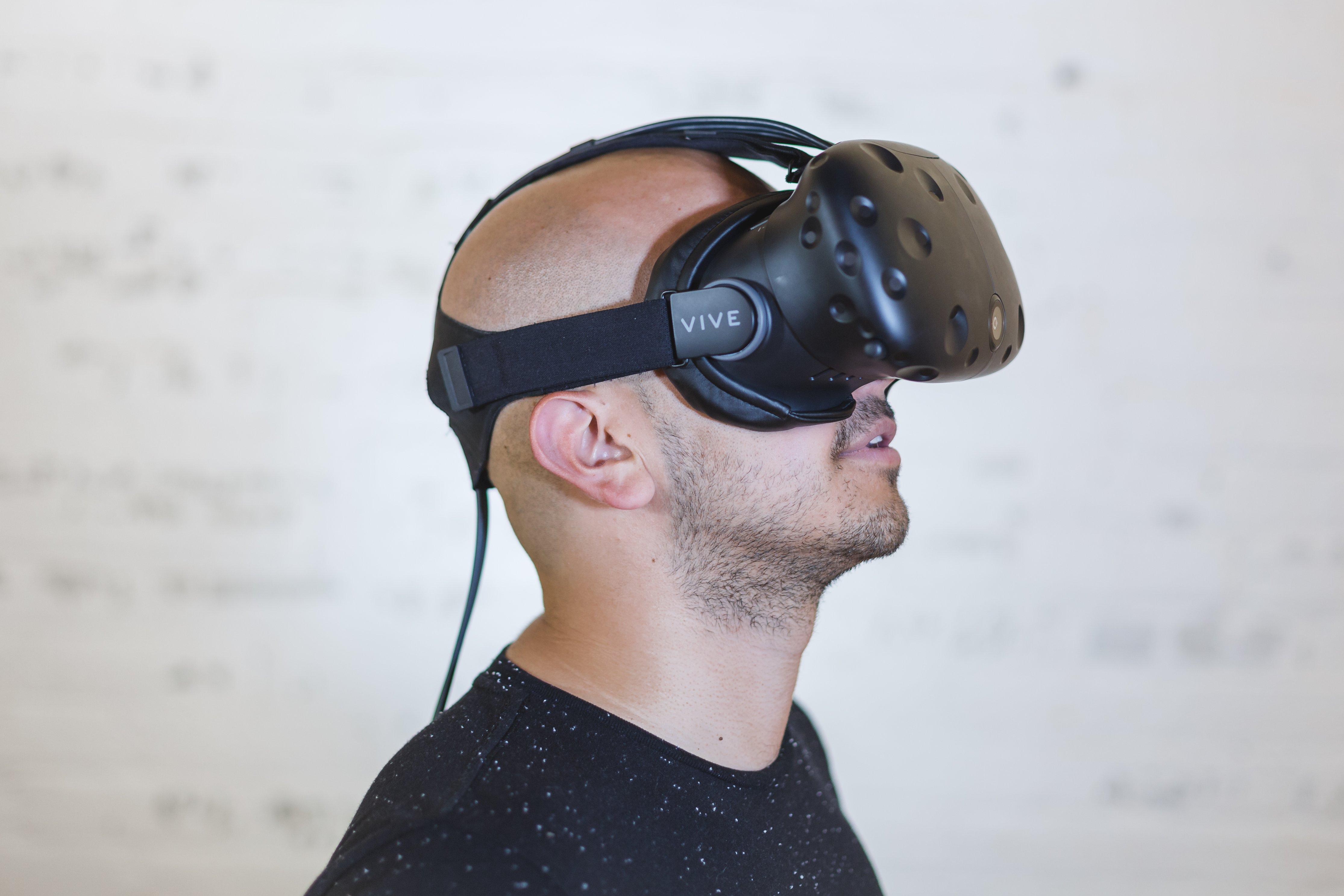 virtual-reality-headset_4460x4460